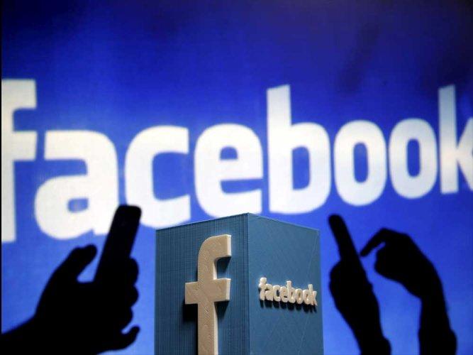 la moderation sur les reseaux sociaux a l'ere de la crise sanitaire : censure ou retablissement de la verite ?